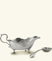 Gallic Gravy Boat with Gravy Spoon